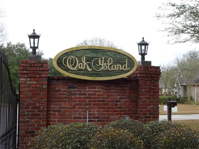 347 Oak Island Dr, Mandeville, LA - USA (photo 2)