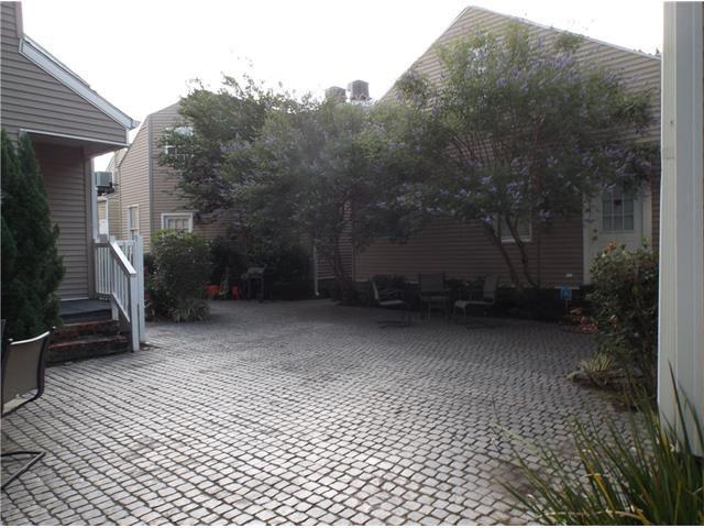 1724 Burdette St 1724, New Orleans, LA - USA (photo 4)