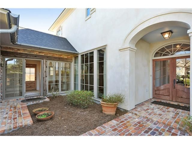 212 Forest Oaks Dr, New Orleans, LA - USA (photo 2)