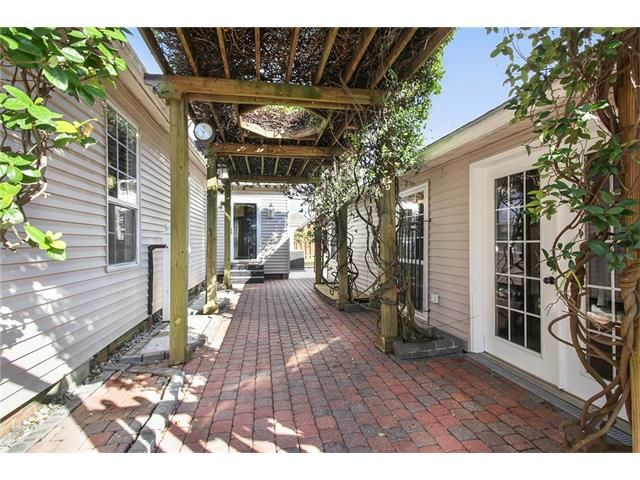 1001 Perry Street, New Orleans, LA - USA (photo 2)