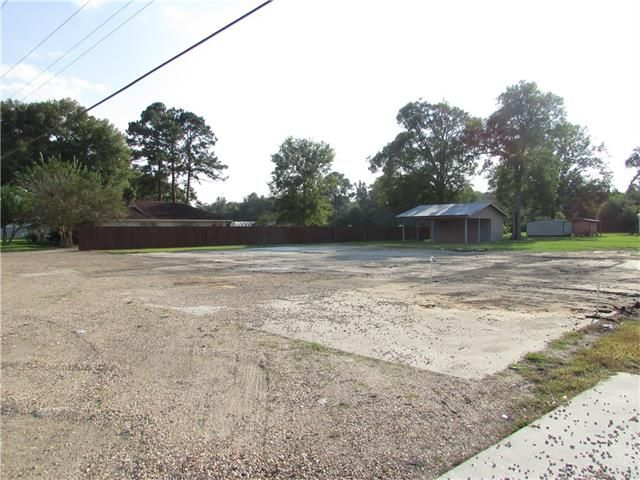 51279 Hwy 51 Hwy, Tickfaw, LA - USA (photo 3)