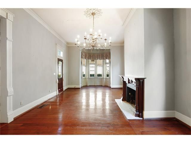 4801 St Charles Ave, New Orleans, LA - USA (photo 4)