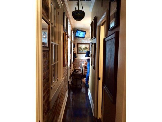 837 Burgundy Street D, New Orleans, LA - USA (photo 5)