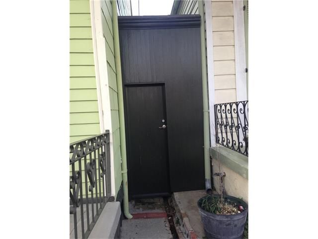 2525 Chartres St, New Orleans, LA - USA (photo 2)