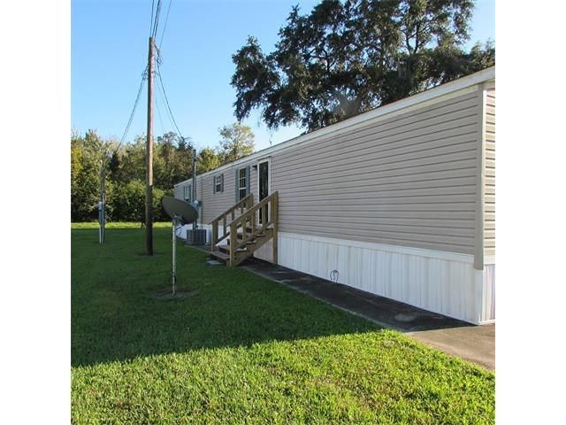 126 Forest Drive, Belle Chasse, LA - USA (photo 1)
