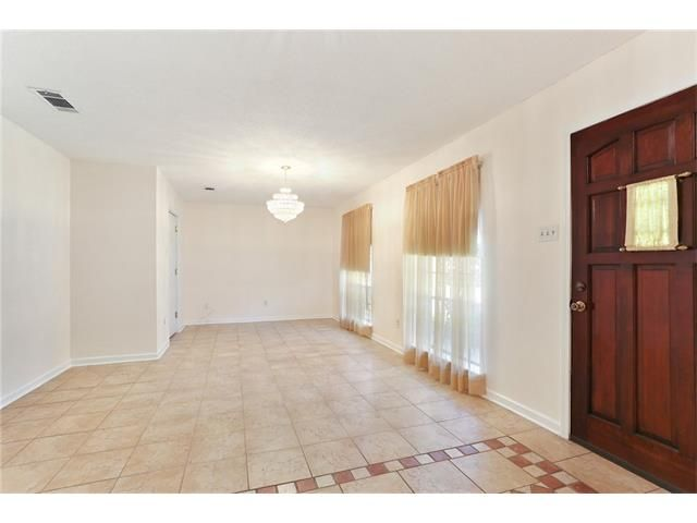 3704 Clearview Pkwy, Metairie, LA - USA (photo 3)