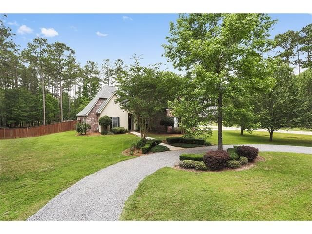 241 Secluded Oaks Ln, Madisonville, LA - USA (photo 2)