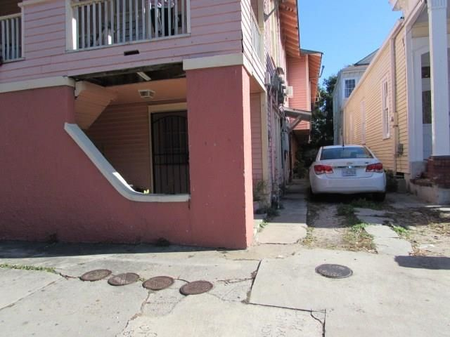 1225 St Roch Ave, New Orleans, LA - USA (photo 2)