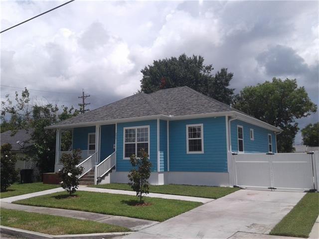 8429 Edinburgh St, New Orleans, LA - USA (photo 2)