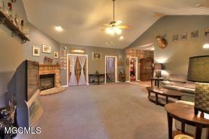 13262 Larkin Drive, Biloxi, MS - USA (photo 2)