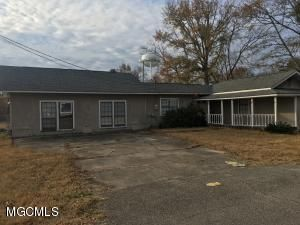 10077 Church Avenue, D'iberville, MS - USA (photo 1)