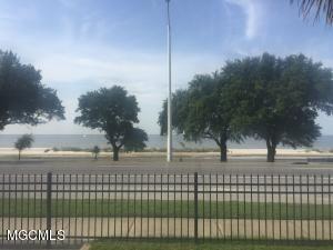 1130 Beach Boulevard 503, Biloxi, MS - USA (photo 3)