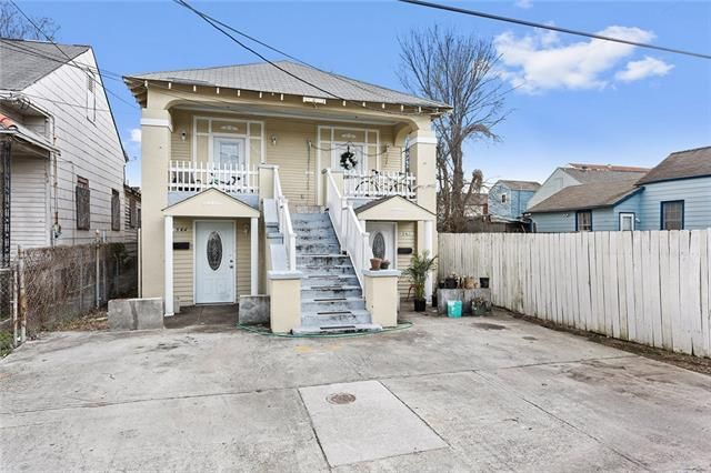 1562 N Rocheblave Street, New Orleans, LA - USA (photo 2)