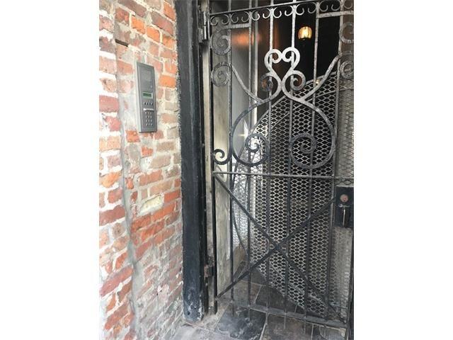 528 Dumaine Street 7, New Orleans, LA - USA (photo 2)