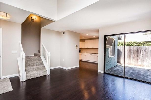 2435 Orange Avenue A1, Costa Mesa, CA - USA (photo 4)