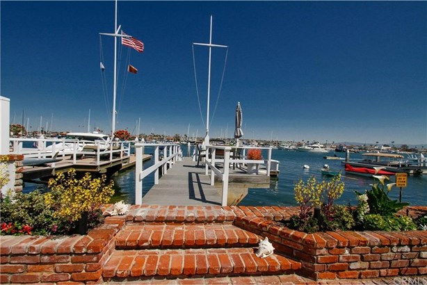 1400 W Bay Avenue, Newport Beach, CA - USA (photo 4)