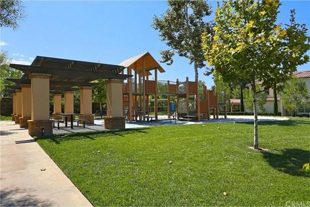 27 Shellbark, Irvine, CA - USA (photo 4)