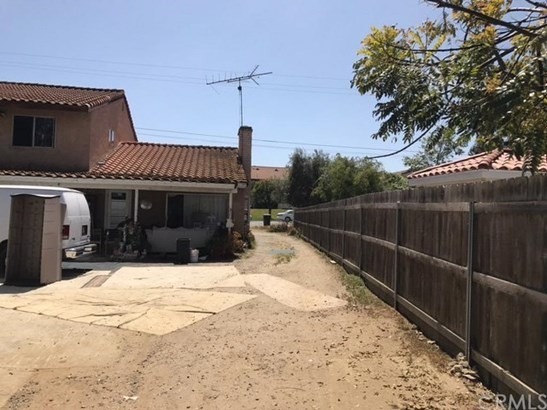 859 Sycamore Avenue, Vista, CA - USA (photo 2)