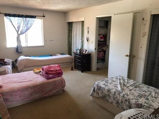 859 Sycamore Avenue, Vista, CA - USA (photo 5)