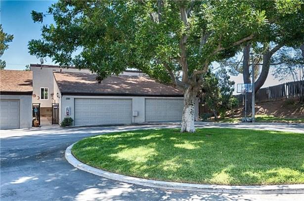 2704 Craig Circle, Fullerton, CA - USA (photo 2)