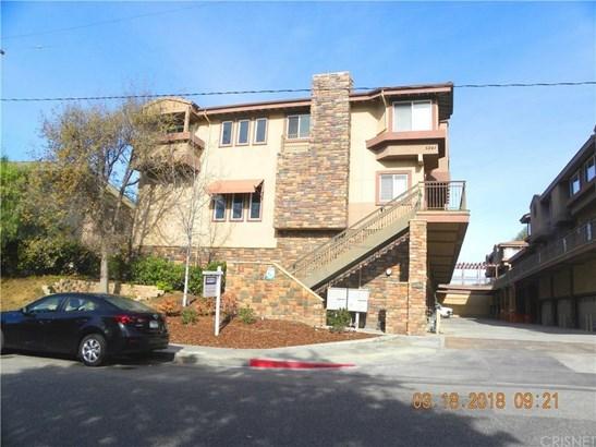 5241 Colodny Drive 203, Agoura Hills, CA - USA (photo 1)