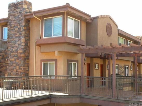 5241 Colodny Drive 203, Agoura Hills, CA - USA (photo 2)