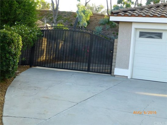 7075 City View Circle, Riverside, CA - USA (photo 2)