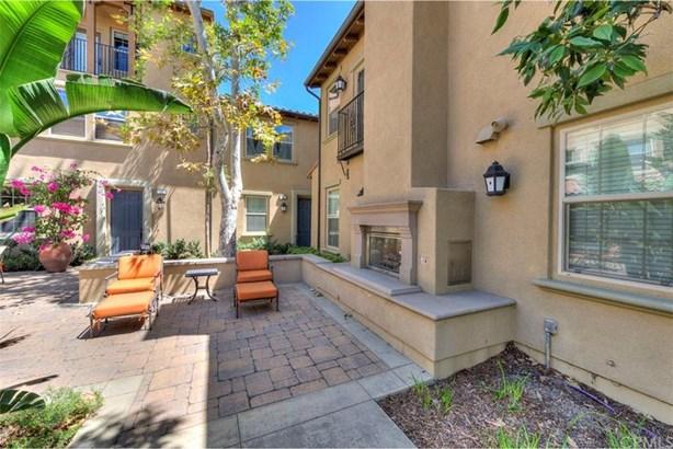 35 Cienega, Irvine, CA - USA (photo 3)