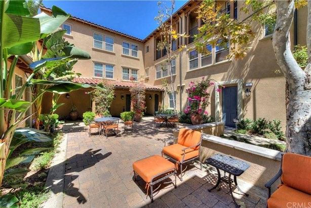 35 Cienega, Irvine, CA - USA (photo 4)