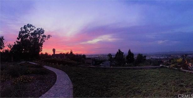 401 S Fernhill Lane, Anaheim Hills, CA - USA (photo 1)