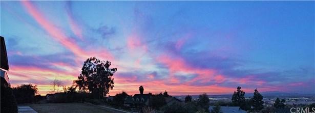 401 S Fernhill Lane, Anaheim Hills, CA - USA (photo 3)