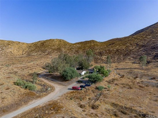 32301 Patton Road, Winchester, CA - USA (photo 1)