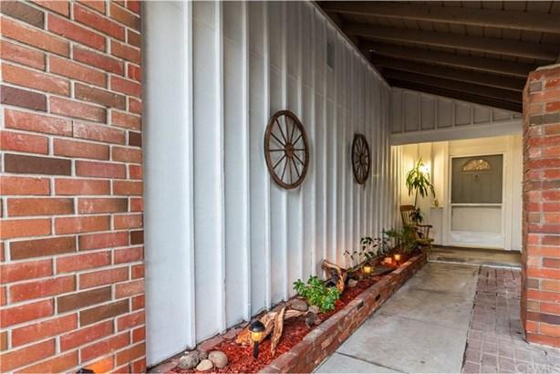 1014 Hibiscus Way, Placentia, CA - USA (photo 3)