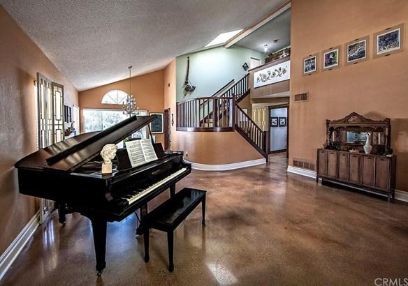 1227 Goldenview Drive, Corona, CA - USA (photo 2)