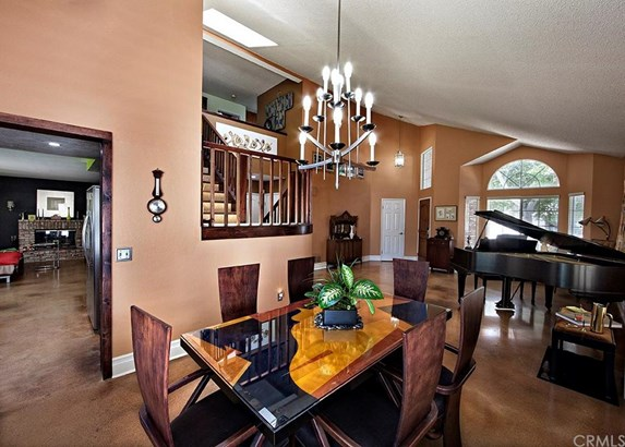 1227 Goldenview Drive, Corona, CA - USA (photo 3)