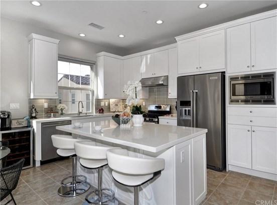 62 Kestrel, Irvine, CA - USA (photo 3)