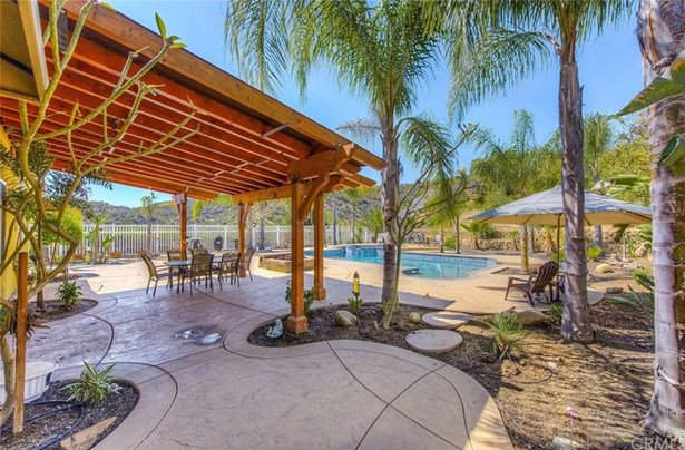 27675 Trailhead Court, Corona, CA - USA (photo 2)