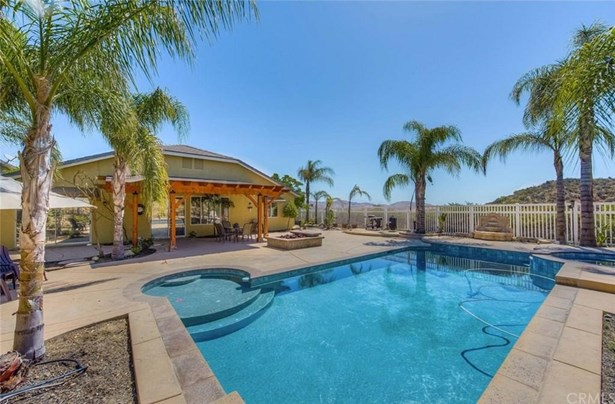 27675 Trailhead Court, Corona, CA - USA (photo 3)