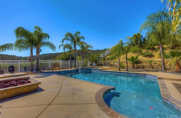 27675 Trailhead Court, Corona, CA - USA (photo 5)