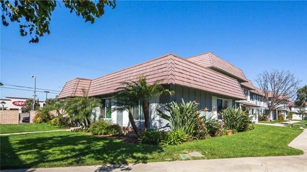 4059 Larwin Avenue, Cypress, CA - USA (photo 2)