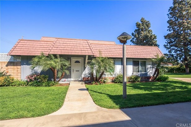 4059 Larwin Avenue, Cypress, CA - USA (photo 4)