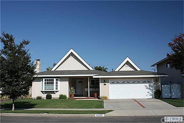 17232 Wild Rose Lane, Huntington Beach, CA - USA (photo 1)