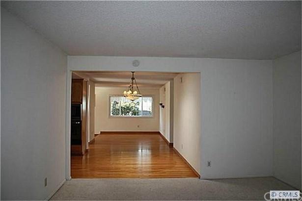 17232 Wild Rose Lane, Huntington Beach, CA - USA (photo 3)