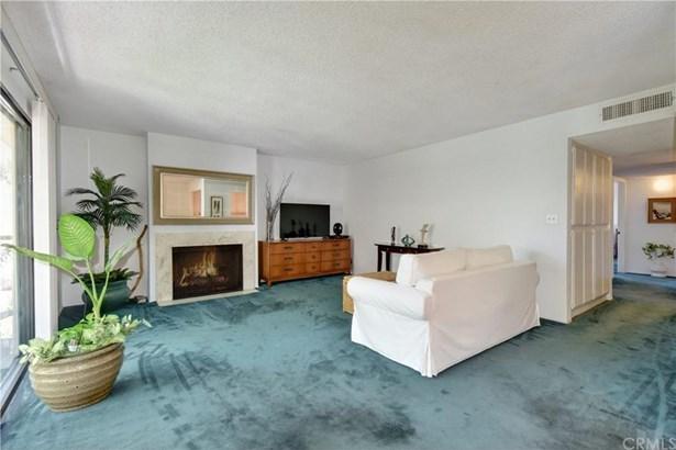 12400 Montecito Road 311, Seal Beach, CA - USA (photo 5)