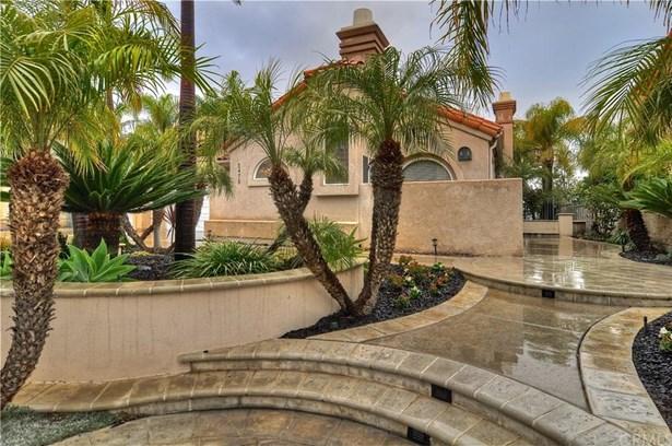 5479 E Suncrest Road, Anaheim Hills, CA - USA (photo 2)