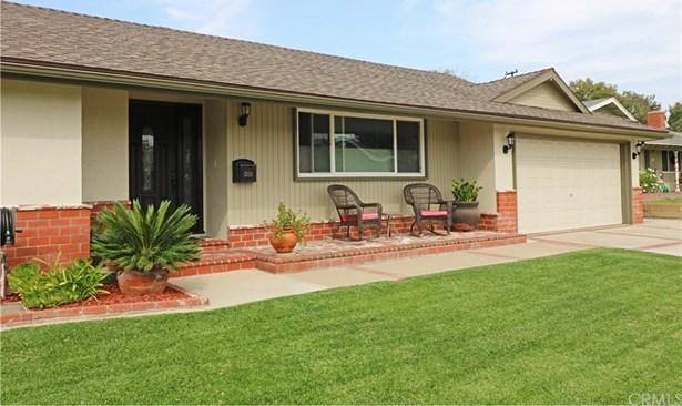 1205 E Buckeyewood Avenue, Orange, CA - USA (photo 2)