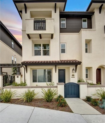 8250 Orangethorpe, Buena Park, CA - USA (photo 2)