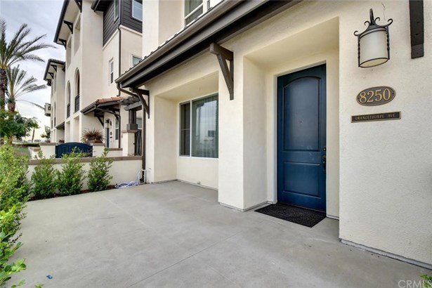 8250 Orangethorpe, Buena Park, CA - USA (photo 4)
