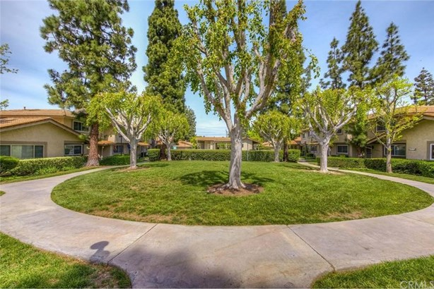 2067 Baymeadows Drive, Placentia, CA - USA (photo 2)