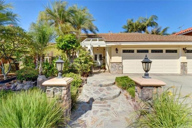 9781 La Zapatilla Circle, Fountain Valley, CA - USA (photo 1)